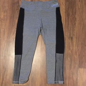 Bebe Sport Capri Leggings
